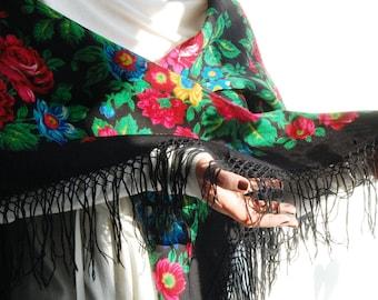 Vintage Large Traditional Russian Shawl with roses and wool fringe Boho Festival shawl Coachella shawl Head Kerchief Soviet Ukraine Russian