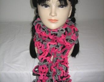 Fancy effect velvet and chenille scarf