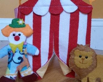 Circus Felt Fold-Up Mini Quiet Book