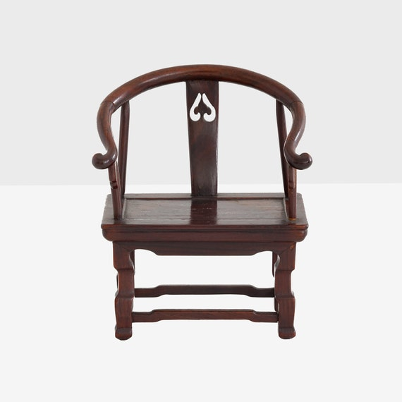 huanghuali miniature chair, huanghuali chair, ming miniature chair, antique huanghuali miniature chair, chinese miniature chair, asian art
