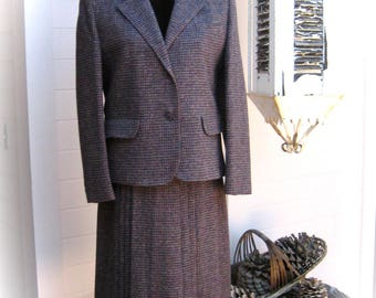 50s/60s FORSTMANN Welsh Tweed Skirt Suit - Central Park Skirt Suit - 100% Virgin Wool - Skirt and Jacket - 2-Peice - Beautiful Condition