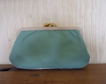 Vintage Leather Purse.Turquoise Leather Purse. Cream Leather trim, Coin Purse, kisslock coin purse. Coupon, token, keys