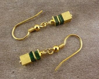 Earrings with Emerald, gold-plated sterling silver, gold earrings, gemstone earrings, earrings cubes, Emerald, gems, earrings, gift