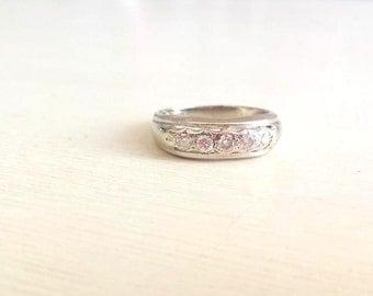 FREE SHIPPING! Vintage Diamond Wedding Ring. Mens Diamond Ring. 14k White Gold Ring, 5 Large Diamonds. Wedding Band. Size 7.25