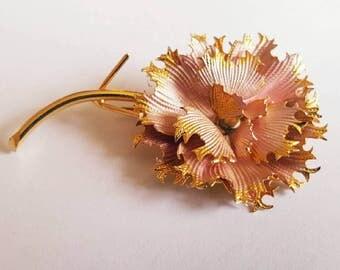 SALE   Vintage 1950s 1960s Pink and Gold Enamel Flower Brooch