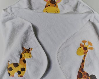 Embroidered Hooded Towel  *  Giraffe Bath Towel  *  Baby's Hooded Towel