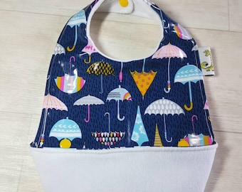 Umbrella print snap up bucket bib, waterproof feeding bib, catch bib, weaning, wipe clean, soft bib, crumb catcher, baby led weaning