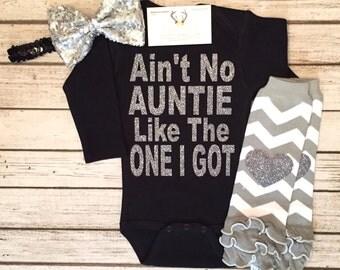 Baby Girl Clothes, Ain't No Auntie Like The One I Got Bodysuit, Auntie Shirts, Bestie Bodysuits, Auntie Bodysuits, Niece Shirts