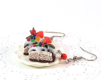 Sweet Cakes Earrings - Polymer clay jewelry - Food jewellery - Pie with berries