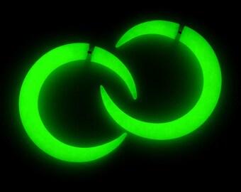 Moon Glow In The Dark Earrings, Moon Earrings, Ear Plugs & Fake Plugs / Fake Gauges, Moon Plug / Moon Gauge 6g 4g 2g 0g 00g 7/16 9/16 3/4