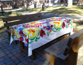 Floral tablecloth made from Marimekko fabric Ursula, modern Scandinavian design, colorful summer long rectangle designer cotton table cloth
