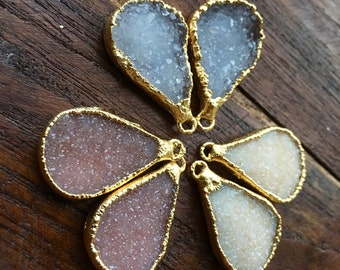 Druzy Teardrop paired in 14k gold-plated gold edged #1016