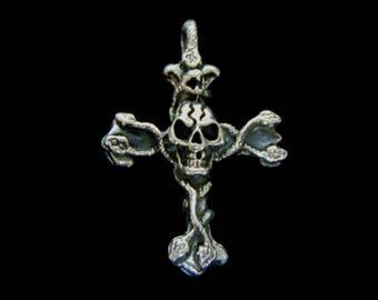 Vintage Estate .925 Sterling Silver Gothic Skull Cross Pendant 11.0g E3129