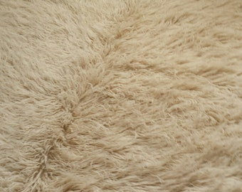 Natural sheep wool-7' x 4.5'  Flokati shaggy rug Creamy/Off white