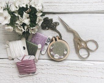 Floral Embroidery Pendant // Easter Embroidery // Mother's Day Embroidery // Floral Wreath Embroidery //