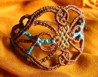 Brown and blue celtic macrame bracelet