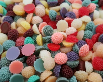 BULK BUY 10mm Resin Flower Cabochons MIXED colours