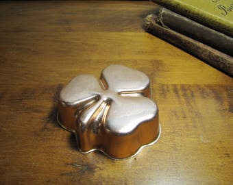 Small Clover Shaped Copper Coated Gelatin Mold