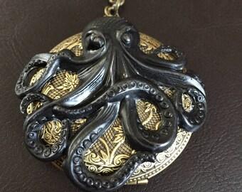 Octopus locket necklace, the kraken, steampunk, ctchulu, ocean jewelry, octopus gift