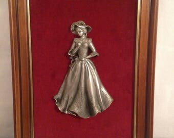 Table Figurine Statue BACHET Tin of the Prince woman fashion