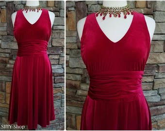 Sleeveless crimson velvet v neck midi evening dress -  large