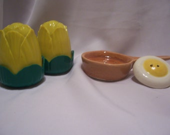 Jay Don Blooming Flower and Egg and Frying Pan Shakers