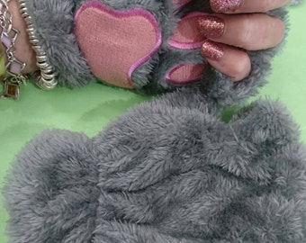 Kawaii fingerless gloves.  Paw print mitts. Pink and grey. Grrrrrrr