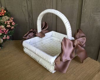Wedding basket/ program basket/ white wedding basket/ favor basket/ flower girl basket/ basket for wedding/ rustic wedding/ woodland wedding