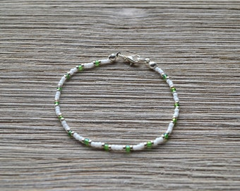 Green White Silver Glass Seed Bead Bracelet