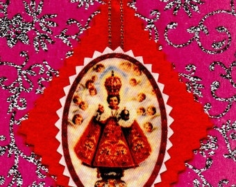 INFANT JESUS of PRAGUE hand sewn red felt backed diamond scapular to hang up at home, work or car. Free postage to any uk or Ireland address