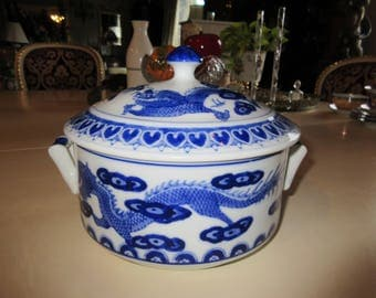CHINA DRAGON CASSEROLE with Lid