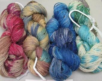 Tweed  Sock Yarn Maniac Hand Dyed 4ply superwash 100 grams 85% wool 15 NEP ( tweed portion ) group 1