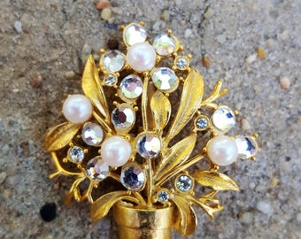 Faux Pearl and Rhinestone Potted Flower/Plant  Brooch