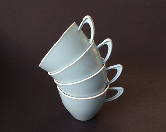 Melamine picnic cups x 4, mid mod, stylish, retro pastel blue colour, groovy picnicware