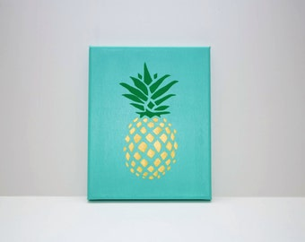 Pineapple Canvas (light blue background)