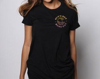 Suns Out Buns Out Tshirt, Beach Please Shirt, Summer T shirt, Womens Graphic Tees, Spring Break Shirt, Beach Clothing