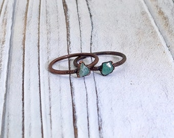 Green aventurine ring, electroformed ring, raw crystal ring, dainty stone ring, delicate ring, stacking ring, mineral ring, gemstone ring