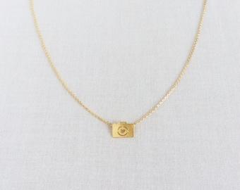 Camera Necklace, Gold Camera Necklace, Camera Jewelry, Photography Jewelry, Camera Photography, Tiny Gold Necklace, Tiny Necklace, GPN5