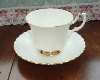 Royal Albert - Val D'or - Bone China England - Vintage Tea Cup and Saucer - Translucent White Body with Gold Trim