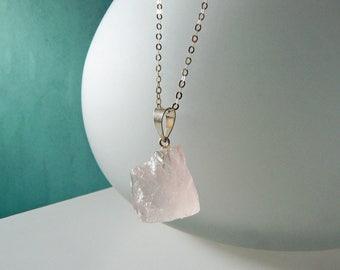 Silver necklace with Rose quartz, mineral pendant pink, rose quartz necklace, pendant rose quartz, layering necklace, rose quartz raw, inspirational