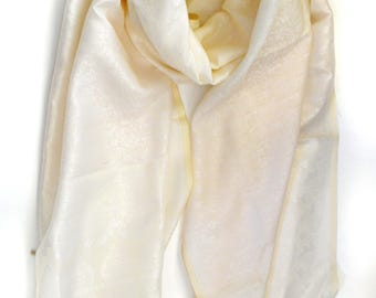 White Bridal wedding wrap-Fringe scarf-Paisley Silk Scarf-kashmiri Scarf-Prom dress wrap-Handloom-Brocade silk-wedding accessory XS130W
