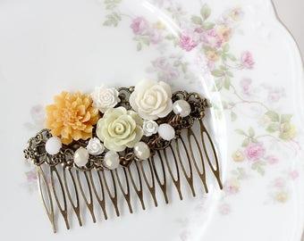 Beaded Hair Comb - Flower Hair Comb - Bridal Hair Comb - Hair Comb - Wedding Hair Accessory - Boho Wedding Hair Comb - Graduation Hair Comb