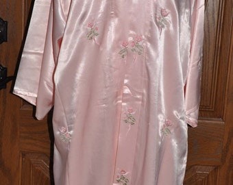 Pale Pink Silk Peignoir Set With Embroidered Roses Wedding Lingerie