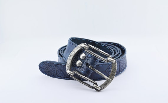leather belt with stains sapphire blue style thick