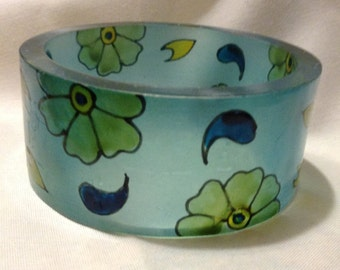 Art Deco Flowers Blue Resin BANGLE Bracelet, Chunky Bracelet, Hippie, Hip Hop, Boho Bangle C771-11