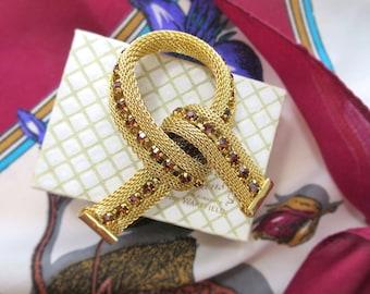 1960's Vintage Gold Mesh Brooch - Gold Tone Rope Knot Brooch - Cognac Amber / Topaz Rhinestone Brooch