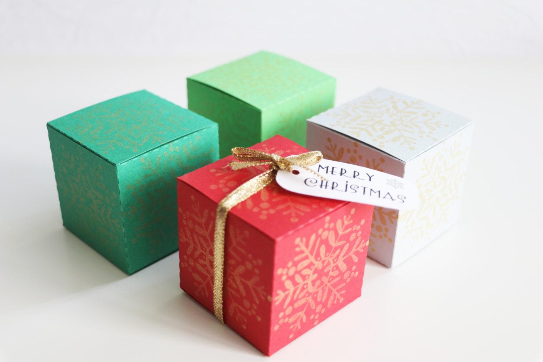 Christmas gift box christmas table decor by athenascraftroom - Table gifts for christmas ...
