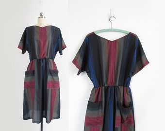 vintage striped dress with dolman sleeves, short sleeve knee length dress with pockets - womens m / l
