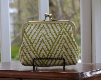 Handmade Green and Oatmeal Fabric Clasp Purse / Wallet