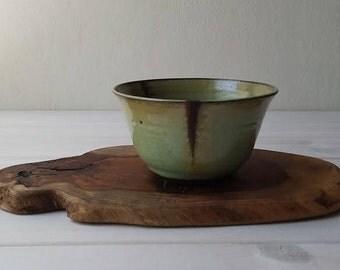Green Ceramic Bowl, Berry Bowl, Cherry Bowl, Green Pottery Bowl, Ceramic Serving Bowl, Ceramic Dish, Salad Bowl, Fruit Bowl, Olive Bowl
